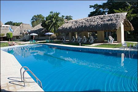 Hotel villas kin ha palenque chiapas mexico for Villas kin ha palenque incendio